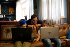 Daniel Lichtenstern begeistert Jugendliche zum Programmieren mit Unity und Blender in Pfaffenhofen im Rahmen des Hackfest im April 2018.